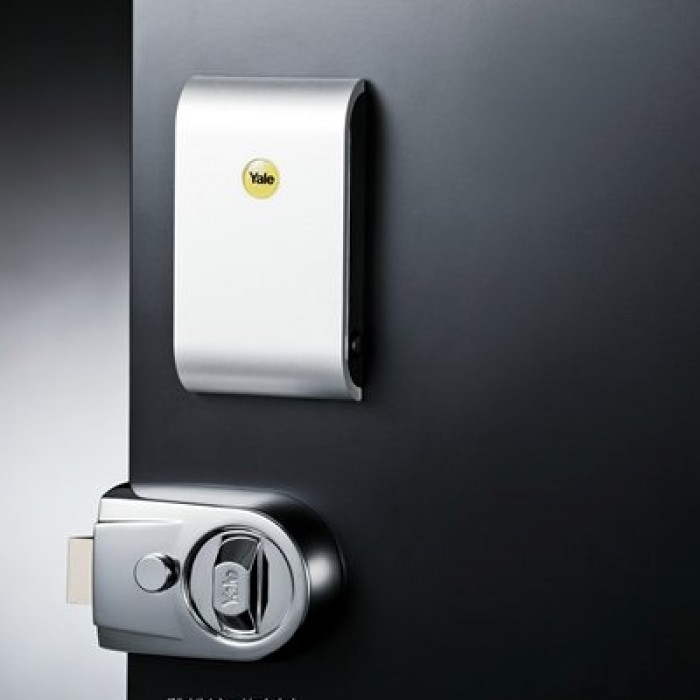How To Open A Door Without A Key >> Keyless Connected Smart Lock