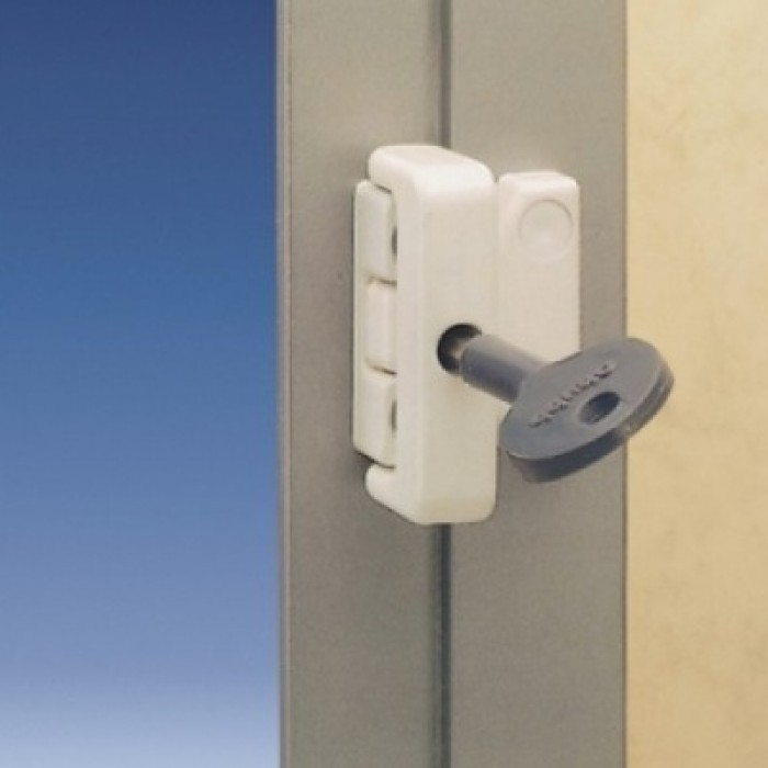 Window Latches For Aluminum Windows : Chubb yale k multi pack metal window lock